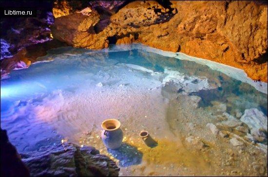 Амфора в Красной пещере