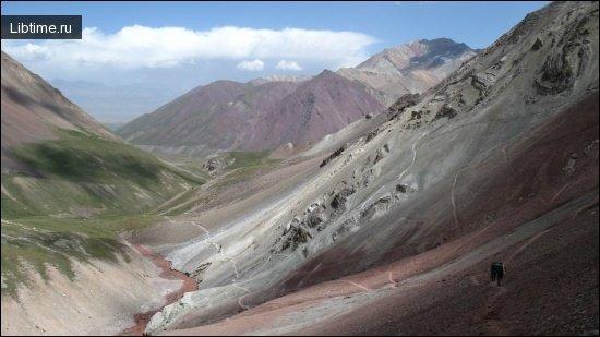 Памиро-Тянынанская спелеологическая страна