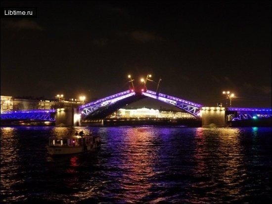 Мост на Неве