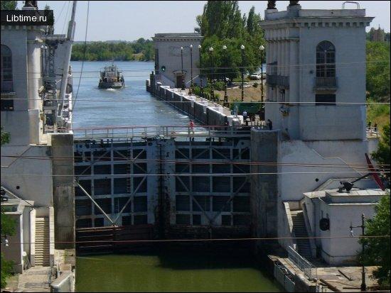 Шлюзы на Волгодонском канале