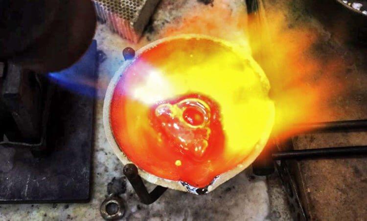 Плавка метала для создания композита