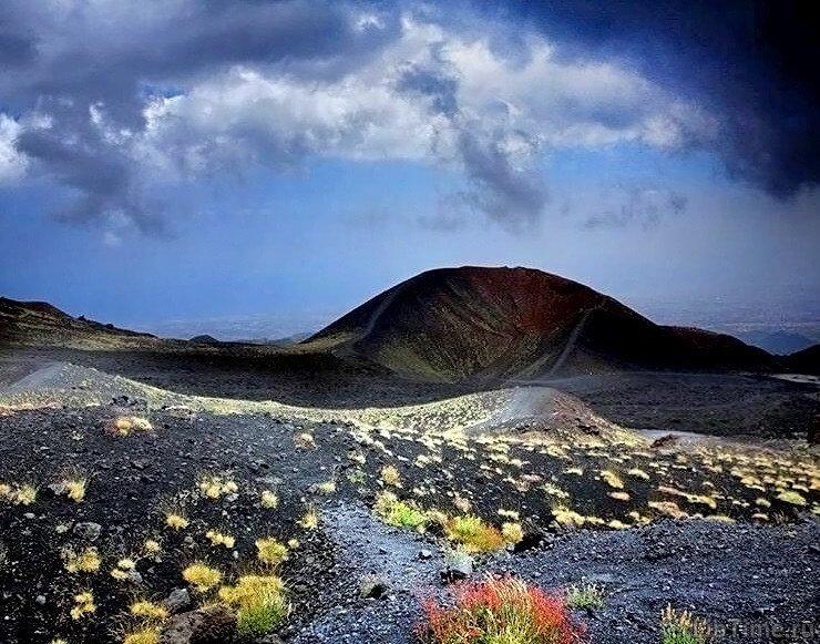 Вулканические извержения как доказательство наличия в глубоких недрах планеты Земля высоких температур