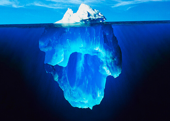 Айсберг - огромная глыба льда