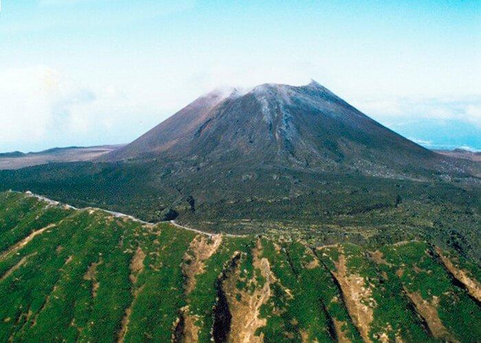 Вулкан Тятя